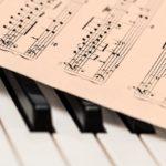 Nuty na pianinie
